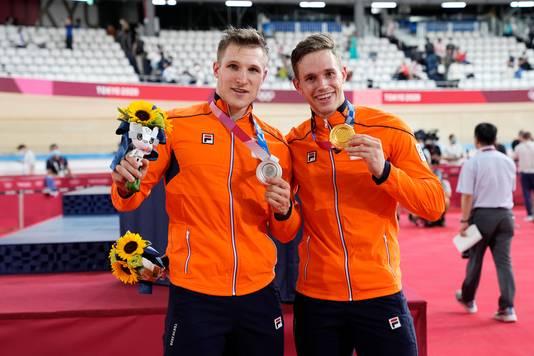 Harrie Lavreysen (r) en Jeffrey Hoogland veroverden respectievelijk drie en twee medailles.