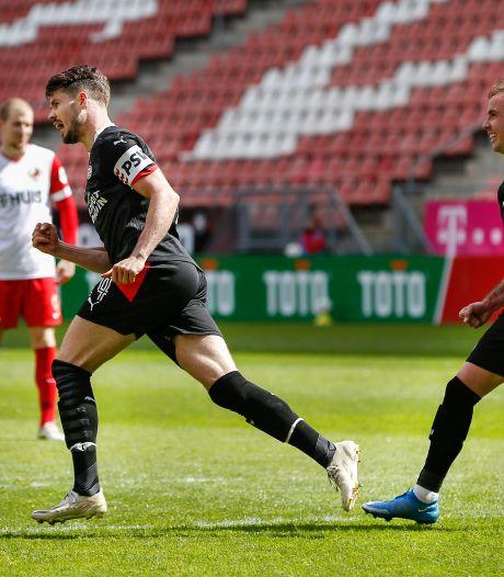 Gewijzigd PSV verzekert zich van Champions League-voorronde met remise tegen FC Utrecht