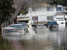Des inondations provoquent des milliers d'évacuations en Californie