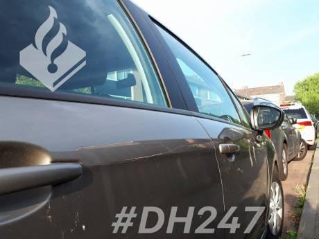 Auto's in Alphen bekrast, politie zoekt getuigen