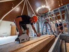 Werk gestart aan appartementen in kerk Heenweg, in april 2022 moet de verbouwing af zijn