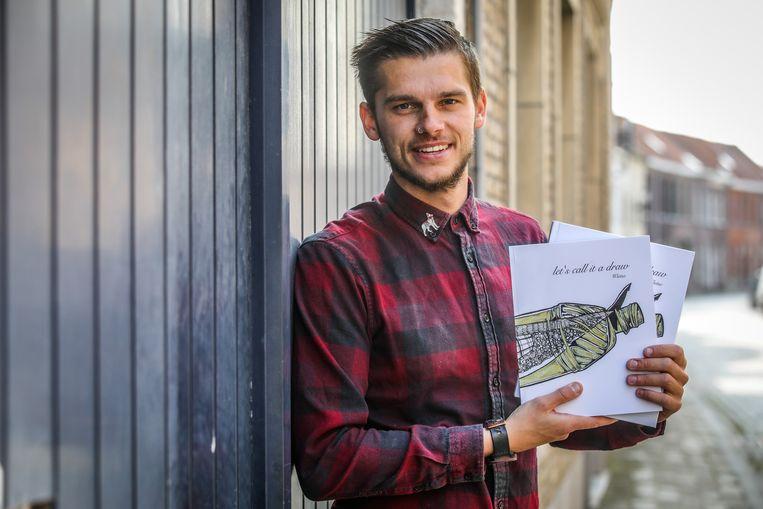 Kunstenaar Wietse zijn boek 'Let's call it a draw'.