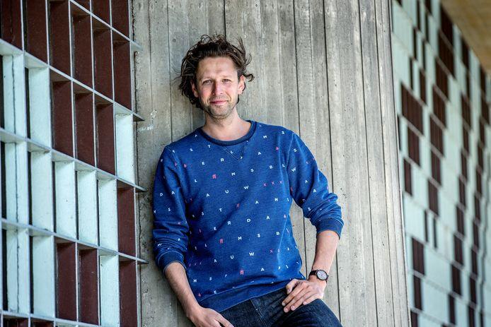 Focusexpert Mark Tigchelaar: ,,Een moment uit het raam staren werkt voor je brein veel beter dan je favoriete website checken.''