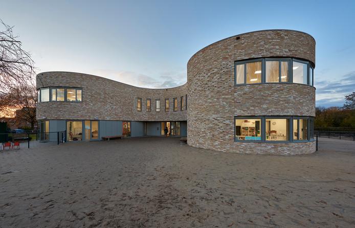 5. Basisschool De Klokkenberg aan de Kopseweg Architectenbureau: Bendien / Wierenga architecten.  Opdrachtgever: schoolbestuur.