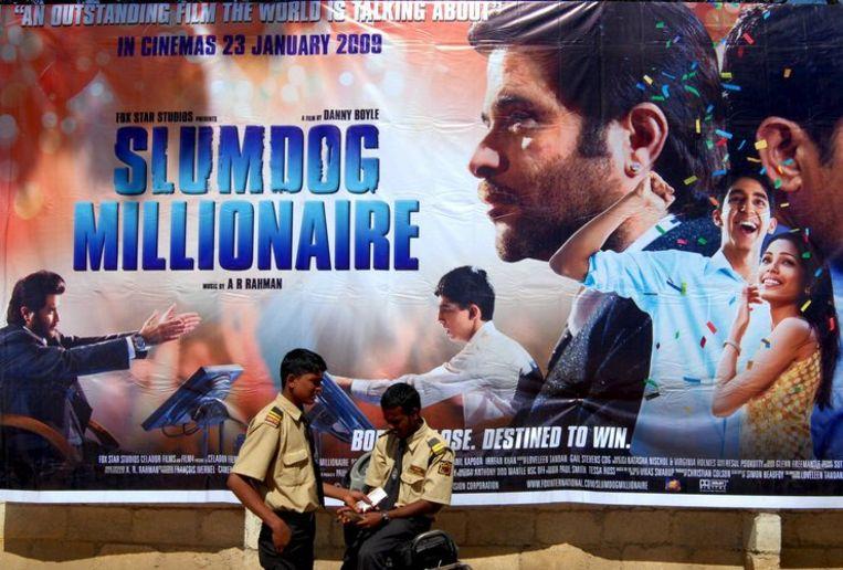 De MovieSquad Rotterdam, de jongerenjury van dit jaar, gaf de prijs aan Slumdog Millionaire van Danny Boyle. Deze film is ook genomineerd voor tien Oscars. Foto EPA/Piyal Adhikary Beeld