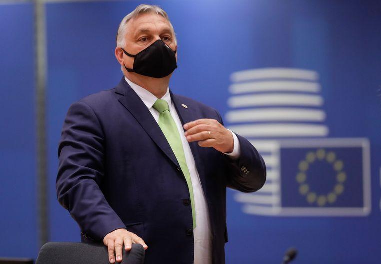 De Hongaarse premier Viktor Orbán lag zwaar onder vuur tijdens de Europese top in Brussel. Beeld EPA