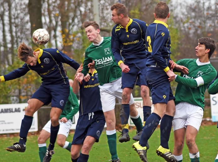 Zaamslag (groen) was zaterdag Walcheren de baas.