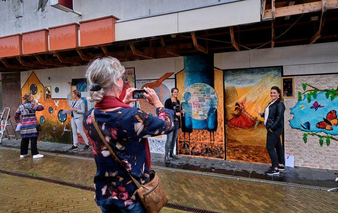 Het estafettekunstwerk aan de kerkbuurt in Sliedrecht is af.