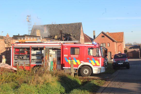 Brandweerzone Zuid West Limburg kwam donderdagmorgen nog ter plaatse om na te blussen.