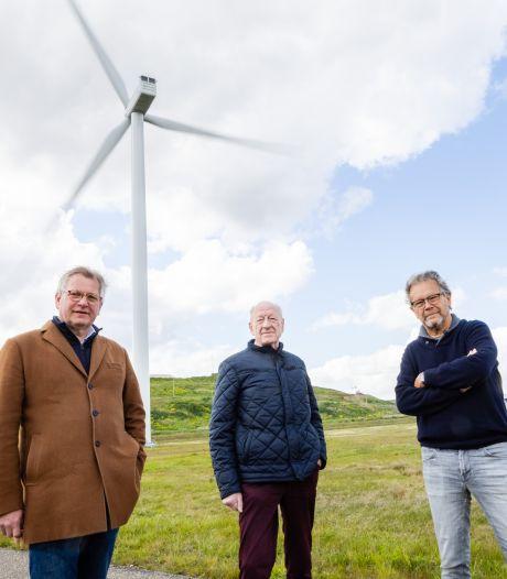 De klus is enorm en de weerstand groeit. Toch moeten de windmolens en zonneparken er komen: 'Wij gaan het doen'
