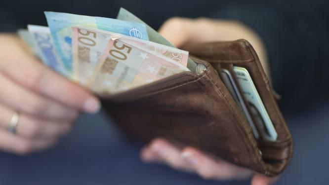 """Vrouw (77) staat terecht voor diefstal van portefeuille: """"Het was een eenmalige misstap"""""""