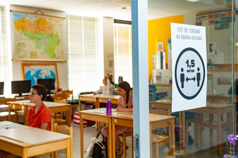 Een schoolklas in de plaats Wingene in West-Vlaanderen. Beeld Photo News