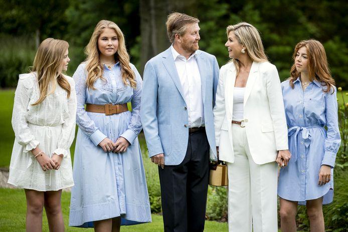 Koning Willem-Alexander viert zijn 54e verjaardag met het gezin in Eindhoven op de High Tech Campus.
