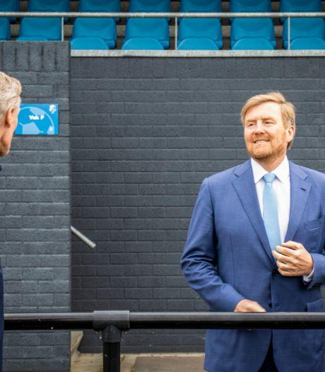 Koning Willem-Alexander bezoekt Eindhovense sportverenigingen