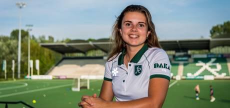 Na mentaal zwaar jaar kiest Julie van Dam voor speeltijd bij HC Rotterdam