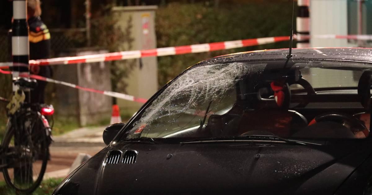 Fietser zwaargewond bij ongeluk op Burgemeester Baron van Voorst tot Voorstweg.