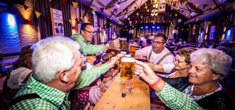 Gendtse schutters vieren Duits feestje voor de kringkoning: een bierstube ter ere van Harrie