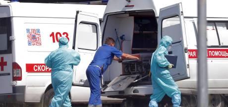 """Moscou décrète des vaccinations obligatoires face à une situation """"dramatique"""""""