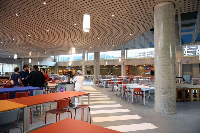 Het Almarestaurant op campus Gasthuisberg.