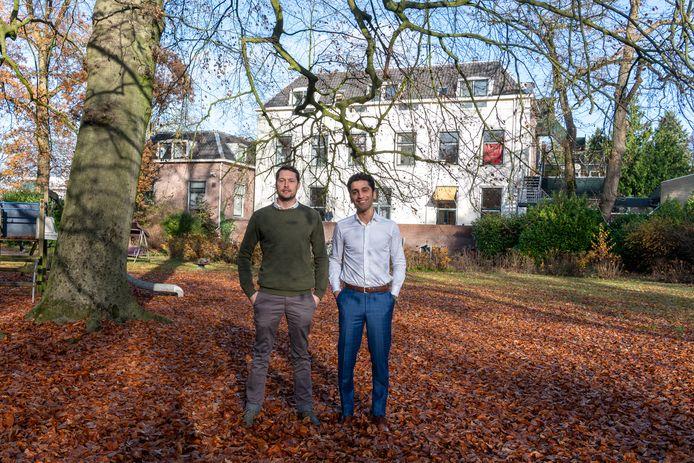 De initiatiefnemers Kees Oosterwerf en Aiman Al-Mishal voor Huis Stenia in Zeist, waarvoor inmiddels een wachtlijst is.