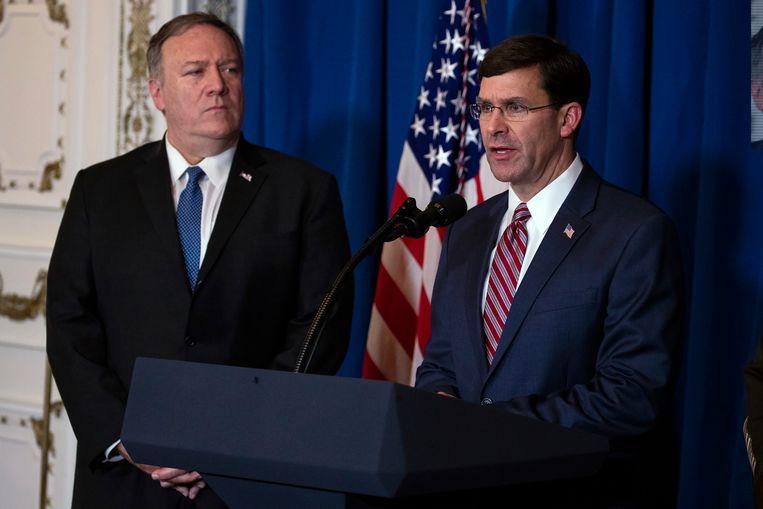 De Amerikaanse ministers van Defensie Mark Esper (rechts) en Buitenlandse Zaken Mike Pompeo (links).