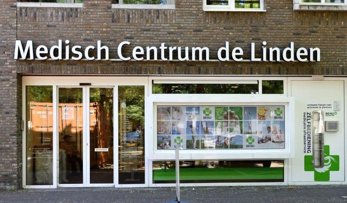 Het Medisch centrum De Linden - en dus de patiënten - zit in de problemen omdat ze niet kunnen uitbreiden.