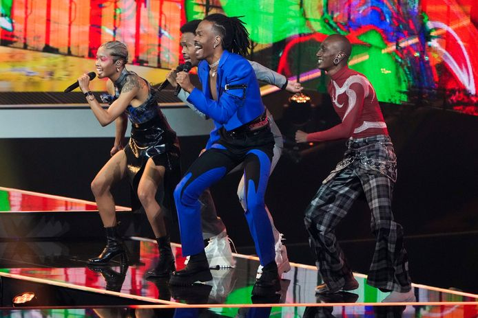 De tweede repetitie van Jeangu Macrooy in Ahoy voor het Eurovisie Songfestival.