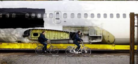 Wat doet die vliegtuigromp op de campus van de TU Delft?