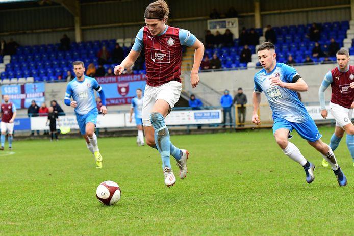 Wouter Verstraaten in het shirt van South Shields, een club op het zevende niveau in Engeland.