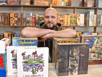 Booming business in coronatijden: Brecht opent spellenspeciaalzaak 't Spelgeweld