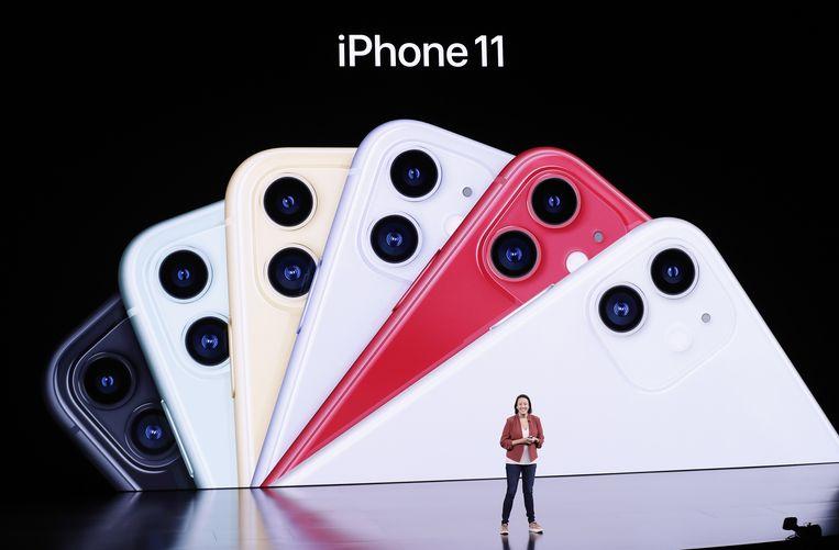 De iPhone 11 kan je herkennen aan de dubbele camera-opstelling op de rug. De Pro-varianten krijgen drie camera's mee.