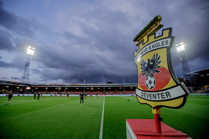 GA Eagles oefent tegen Heerenveen.