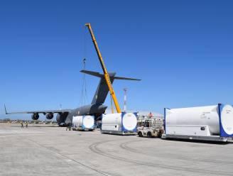 Zuurstoftanks tegen corona vertrokken naar India vanuit Oostendse luchthaven