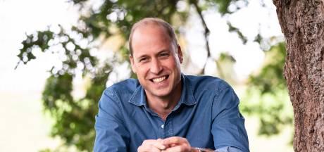 Prins William trots op Elizabeth en Philip na coronavaccinatie
