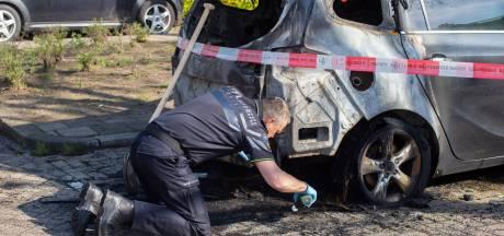 Vijf jongeren aangehouden voor brandstichtingen Hendrik-Ido-Ambacht
