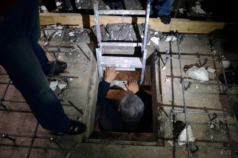 Een in januari 2013 gelocaliseerde tunnel van 30 meter lang en 10 meter diep die werd gebruikt voor drugssmokkel van Mexicali naar Calexico, Californië. Beeld REUTERS