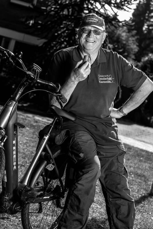 Tielenaar Bert Idsingh leidt zaterdag zijn fruitfietstocht vanuit Tricht.