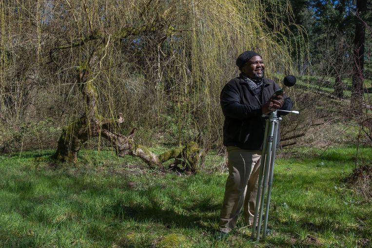 Dr. Kenya Williams: 'Hogere inkomens genieten van dit soort natuurstilte. Kinderen van lage inkomens, vaak zwarte families, wonen in omgevingen met veel meer geluid.' Beeld Eline van Nes