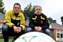 Bij Grenswachters groeide Peter van Oirschot (links) van jeugdtrainer via assistent-trainer tot hoofdtrainer. (archieffoto)