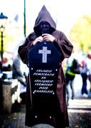 Demonstratie tegen de noodwet en tegen coronamaatregelen in Den Haag.