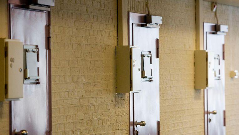 Justitie eist 10 jaar cel voor twee hoofdverdachten van de volgens justitie verijdelde liquidatie van de crimineel M. el J. op 1 juni vorig jaar in Almere. Beeld anp