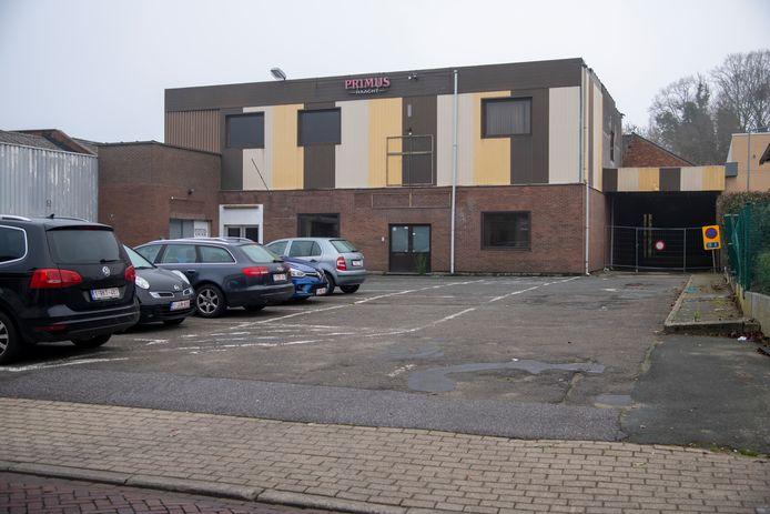 De site aan de Lange Akker wordt in de toekomst ontwikkeld tot een  kleinschalig woonproject met veel groene ruimte.