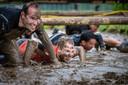 Duizenden deelnemers banjerden door de modder in Biddenhuizen.