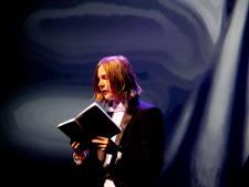 Inwoners Altena denken aan eerbetoon voor Marieke Lucas Rijneveld: 'Een bankje lijkt me wel wat, met een gedicht erop'