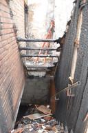 Ook beneden is er heel wat schade door de brand in de Kapelstraat in Denderhoutem.