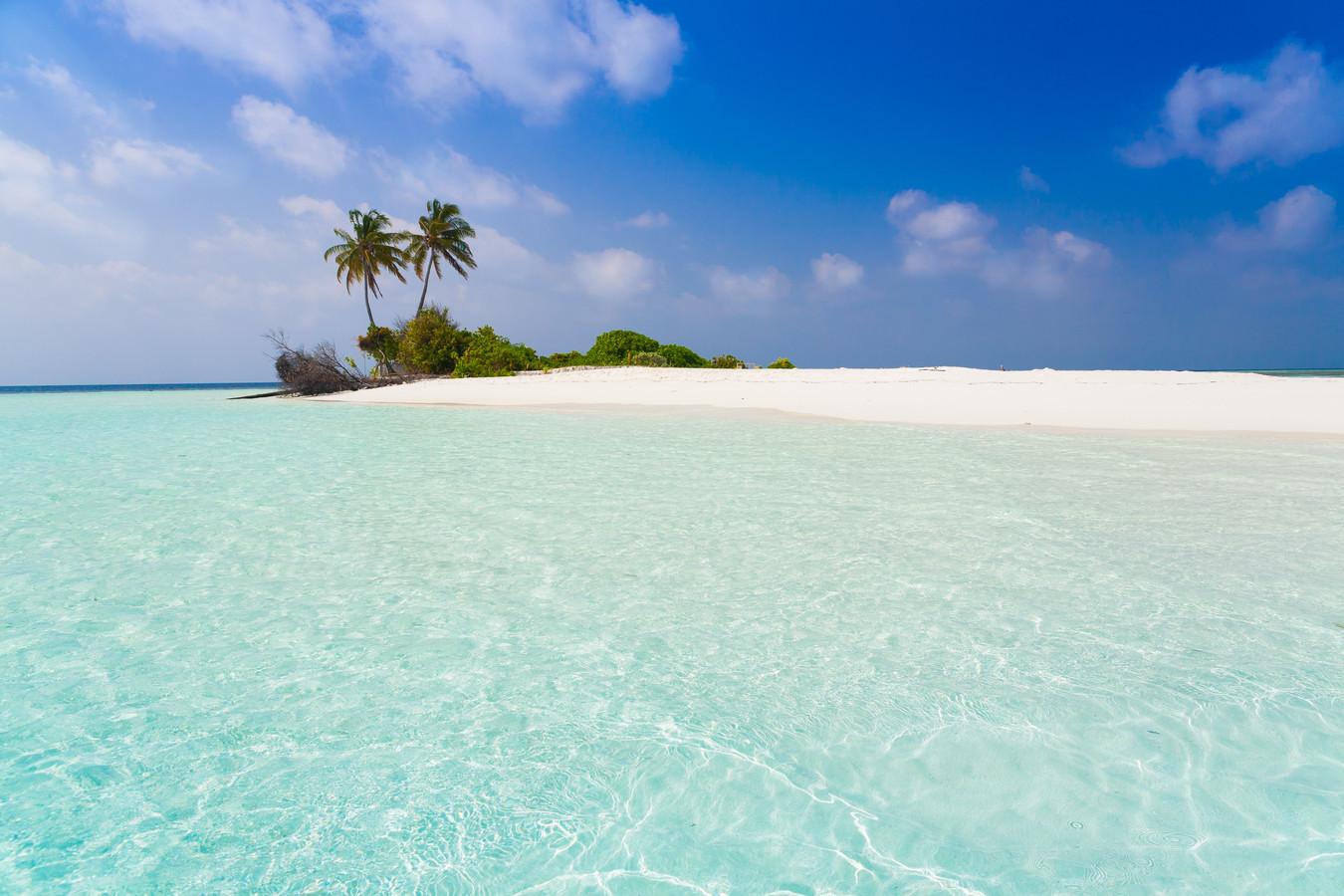 De Thaise stranden zijn nagenoeg leeg doordat het land buitenlandse toeristen weert.