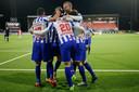 Vreugde bij de spelers van Heerenveen na de winnende 2-1.