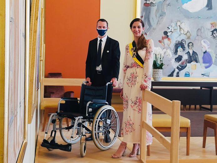Schepen Hina Bhatti in het stadhuis van Oostende