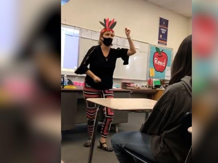 Une enseignante suspendue après une danse jugée offensante