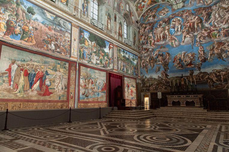 Onder en achter de wand van de Sixtijnse Kapel bevinden zich de archieven van het Vaticaan. Beeld Photo News